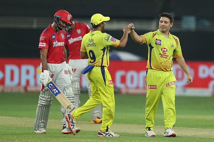 शेन वाटसन और फाफ डु प्लेसिस की अर्धशतकीय पारी की मदद से चेन्नई ने पंजाब को 10 विकेट से हराया