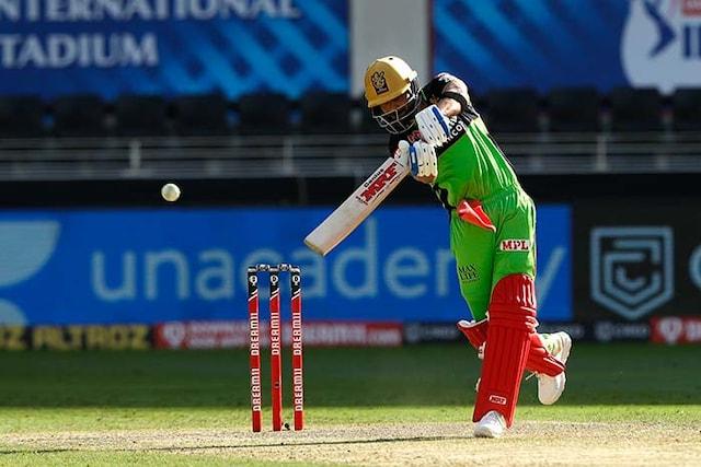 Ruturaj Gaikwad, Bowlers Shine As CSK Beat RCB By 8 Wickets