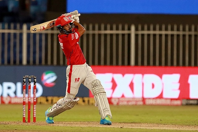 KL Rahul, Chris Gayle Too Hot To Handle As KXIP Beat RCB By 8 Wickets