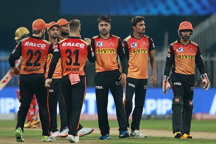 टी20 लीग: हैदराबाद ने बैंगलोर को 5 विकेट से हराया