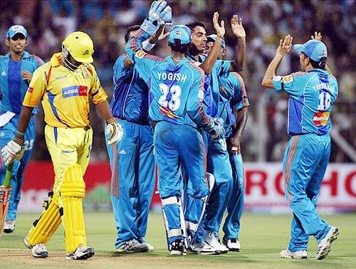 36th Match: Mumbai Indians vs Chennai Super Kings