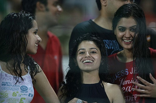 47th Match: Delhi Daredevils vs Kolkata Knight Riders