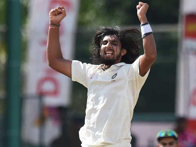 Photo : कोलंबो टेस्ट में ईशांत का कमाल, 7वीं बार लिए पांच विकेट