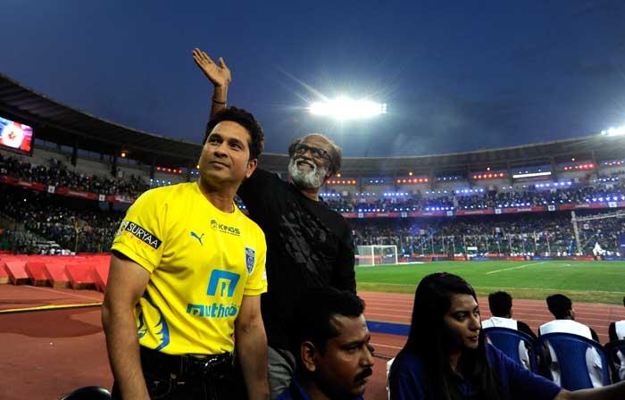 Sachin Tendulkar, Bachchans Give Glamourous Start to ISL