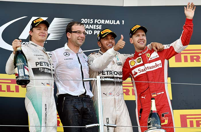Lewis Hamilton Powers to Japanese Grand Prix Win