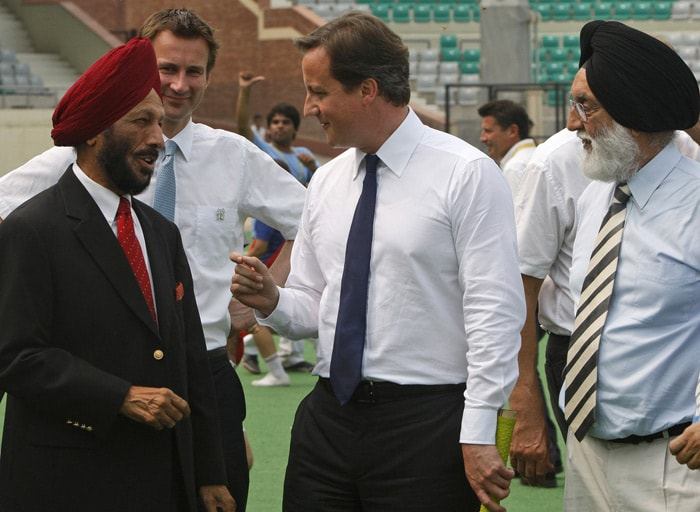 Cameron hits Kapil Dev for a six!