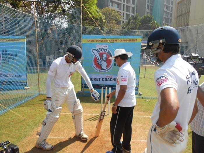 Kiran More gives tips to Western Wolves