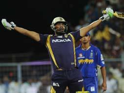 Photo : IPL 5: Kolkata edge out Rajasthan in low-scorer