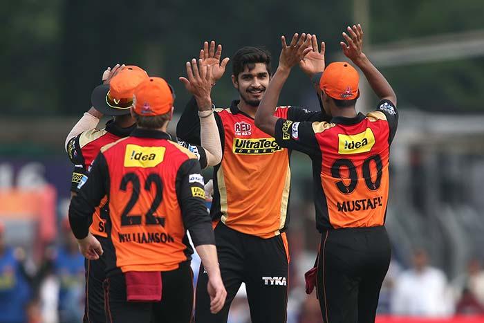 IPL: Yusuf Pathan, Sunil Narines Stellar Show Take KKR Into Playoffs