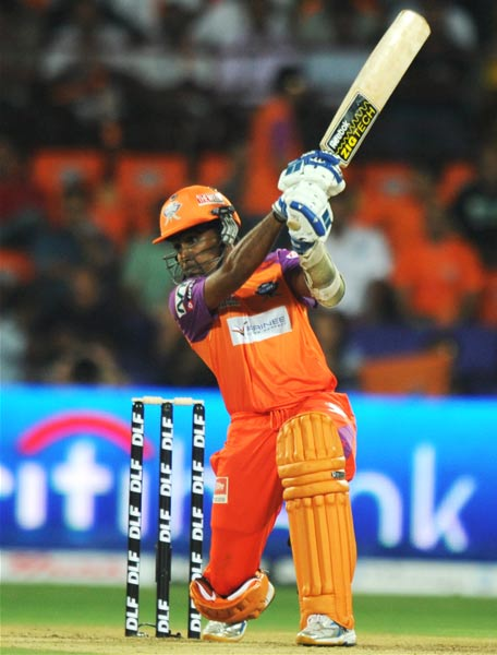 IPL4: Kochi Tuskers vs Chennai Super Kings