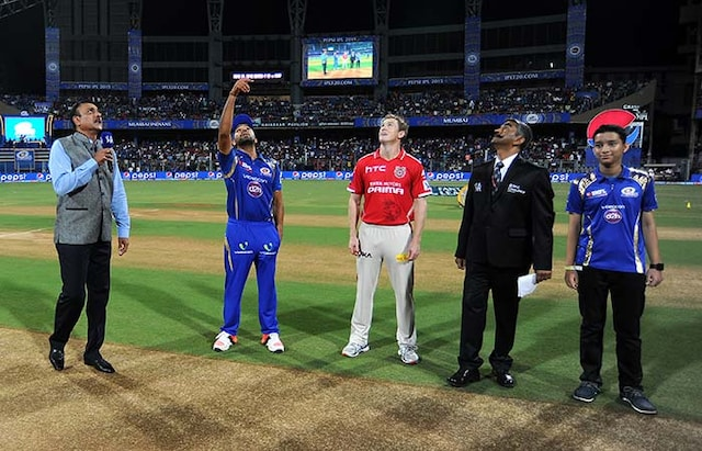IPL 2015: Mitchell Johnson Scripts Punjab Win Over Mumbai Despite Harbhajan Heroics