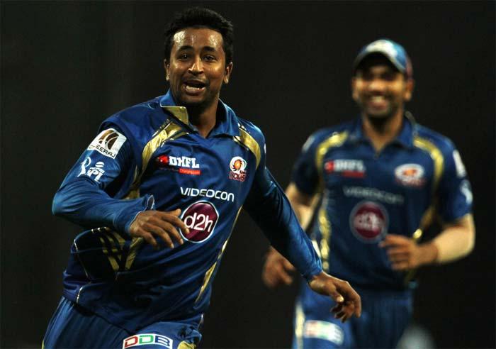 Mumbai Indians beat Kings XI Punjab by 4 runs in a close encounter