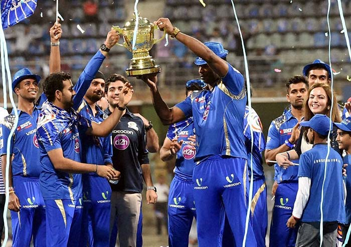 Song, Dance and Confetti - Best Moments of Mumbai Indians