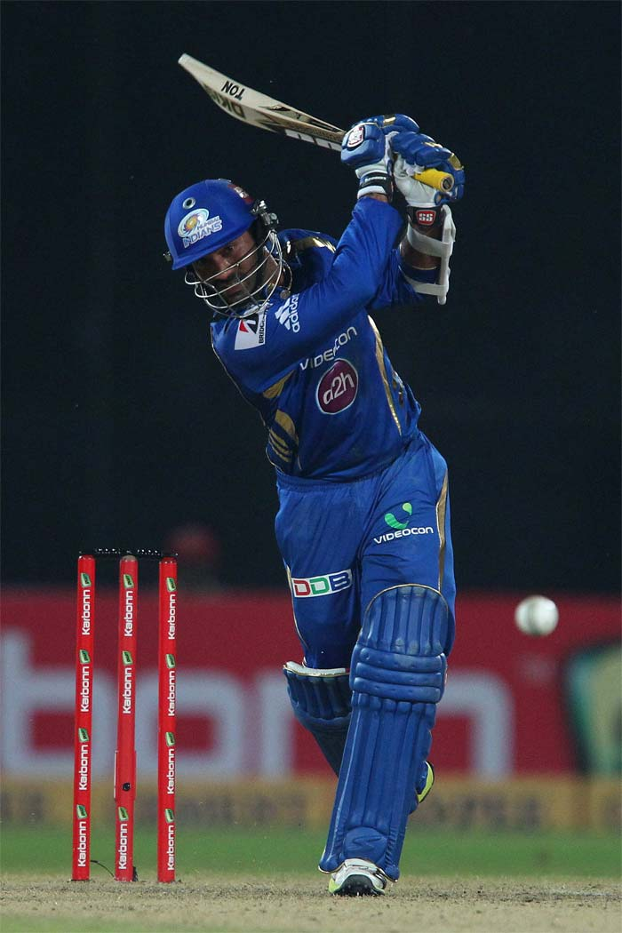 CLT20 2013: Dwayne Smith powers Mumbai Indians to the final