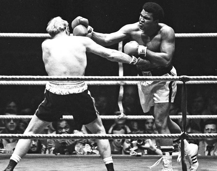 Muhammad Ali, Greatest Boxer of All Time, Dies