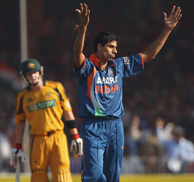 Out-swinging Nehra?