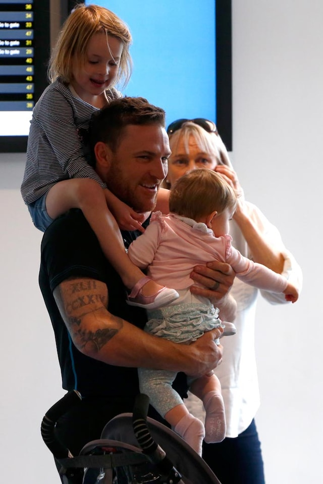 Fans, Family and Selfies: New Zealands Grand Homecoming