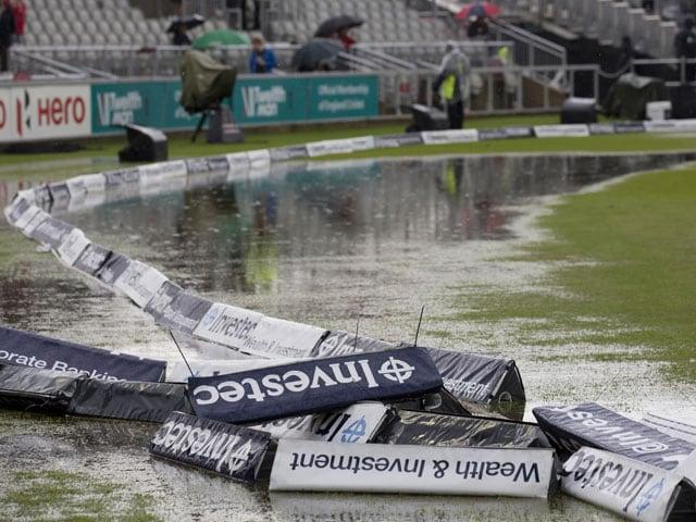 Old Trafford Test: Rain Halts Englands Lead vs India on Day 2