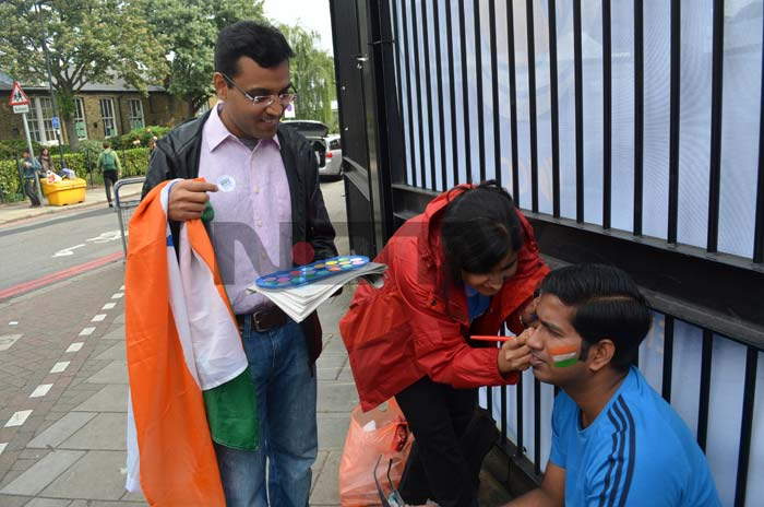 Face paint, wigs and flags - Indian fans gear up at The Oval