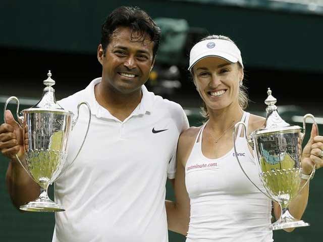 Photo : Leander Paes, Martina Hingis Win Wimbledon Mixed Doubles Title