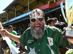 Photo : Pakistan Fans Hope For Elusive World Cup Win vs India