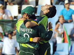 Photo : Pakistan wreck South Africa in second T20