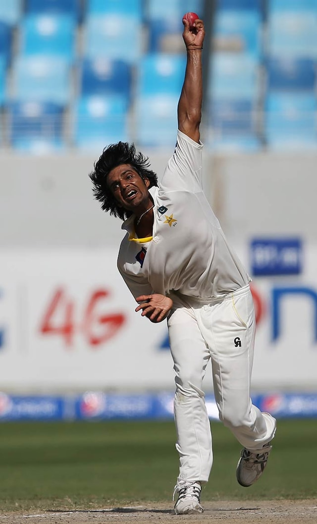 1st Test: Pakistan Crush Australia by 221 Runs in Dubai