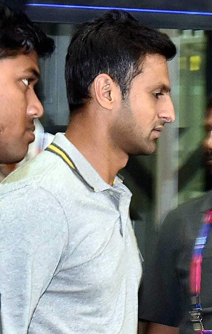 वर्ल्ड टी-20: कोलकाता पहुंची पाकिस्तान क्रिकेट टीम, 19 मार्च को होगा टीम इंडिया से महामुकाबला
