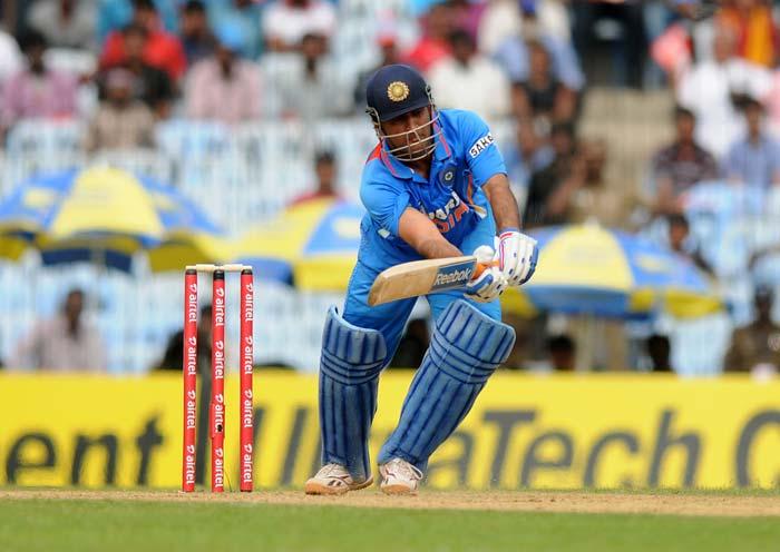 1st ODI: Pakistan's easy 6-wicket win in Chennai