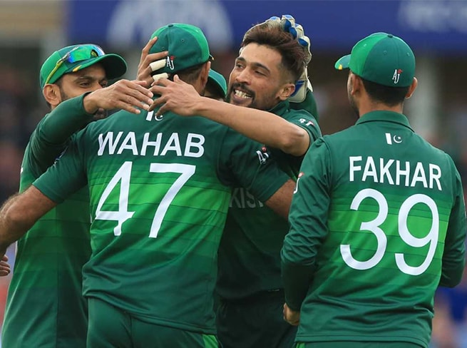 Pakistan stun favourites England by 14 runs