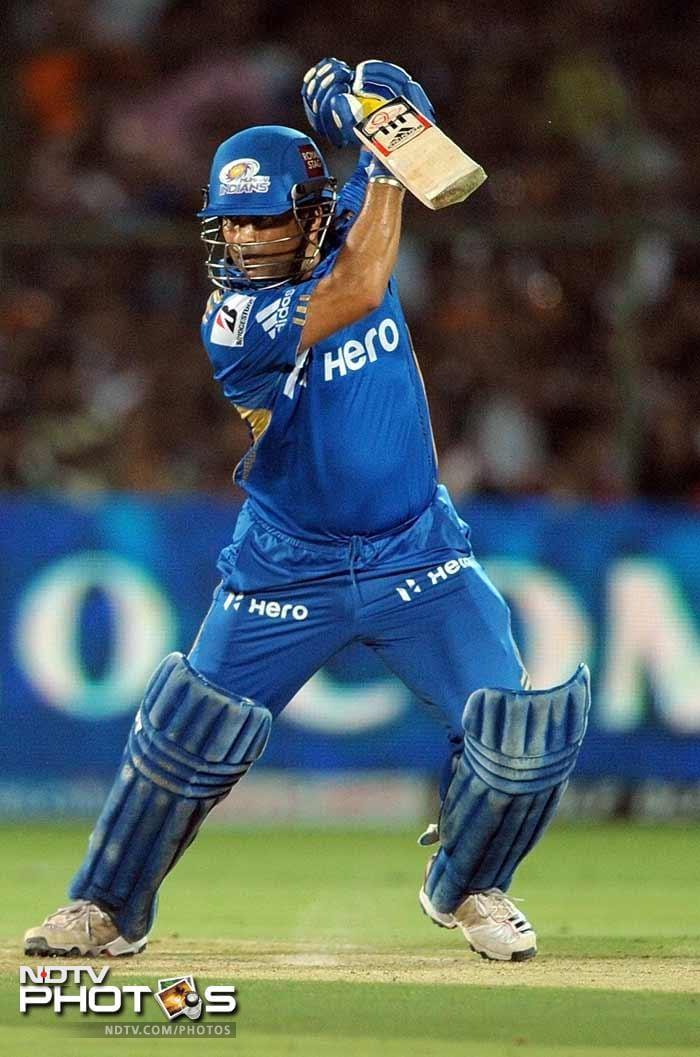 IPL 5: Mumbai hand Rajasthan a Royal defeat