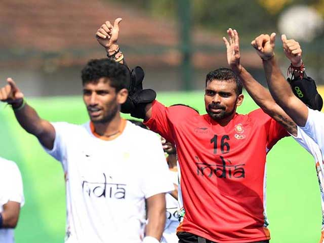 Photo : रियो ओलिंपिक 2016: चौथे दिन अतानु दास, विकास कृष्ण और पुरूष हॉकी टीम ने बचाई लाज