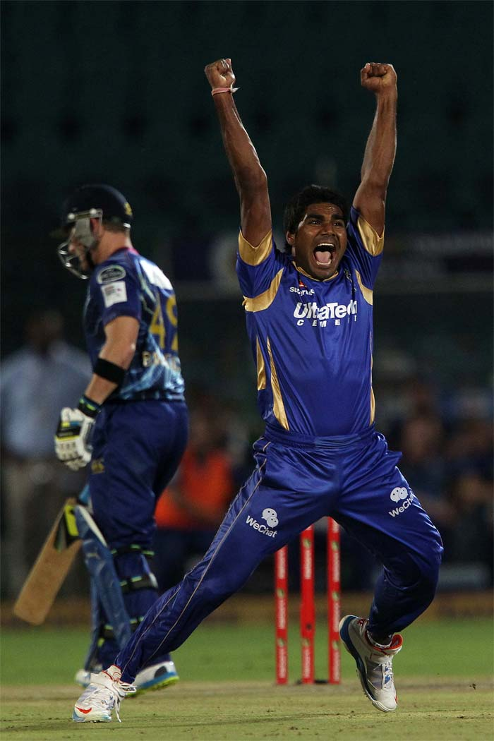 CLT20 2013: Rajasthan Royals beat Otago Volts to top table