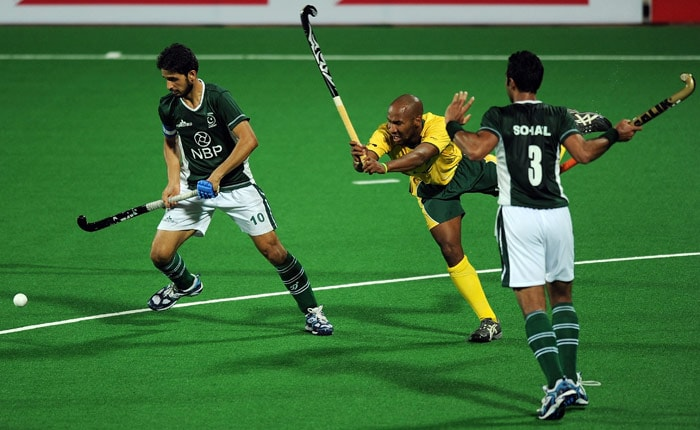 South Africa defeat Pakistan