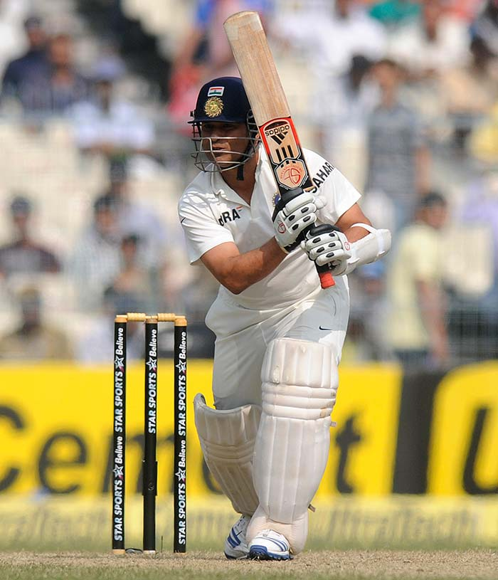 Sachin Tendulkar: Controversial LBW cuts short innings