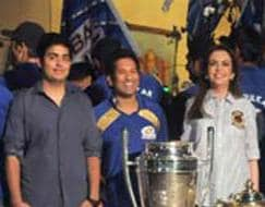 Photo : 10 on 10: This cup cheers for Sachin