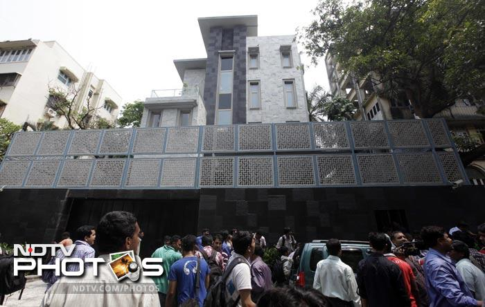 Sachin Buys Rs 100 Crore Cover For New Home Photo Gallery