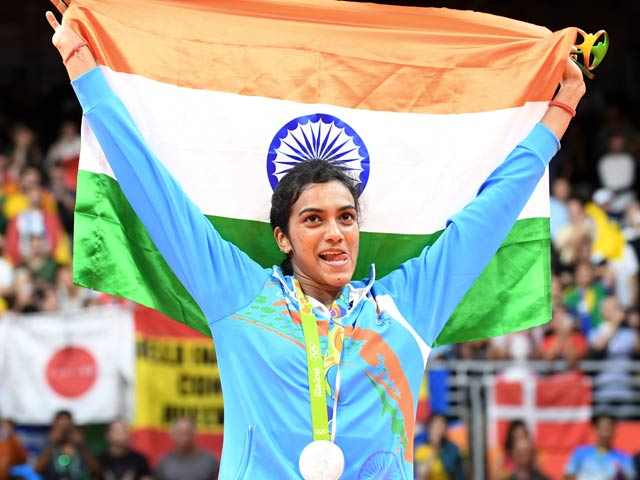Photo : सिंधु ने ओलिंपिक में सिल्वर मेडल जीतकर रचा इतिहास