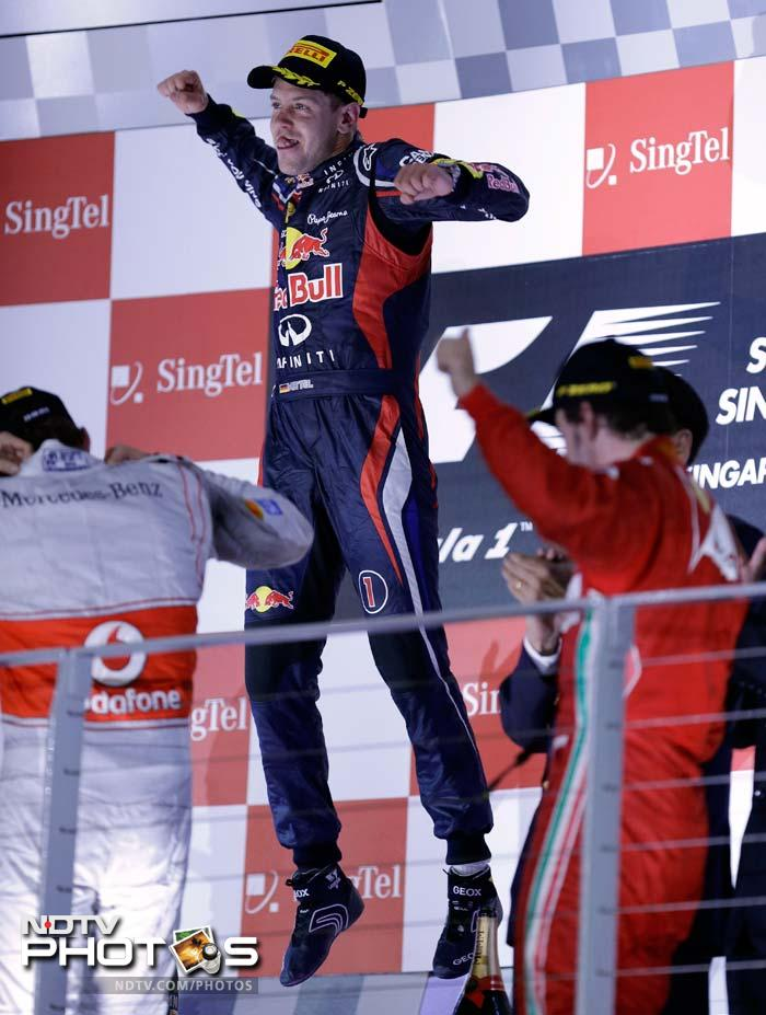 Sebastian Vettel rules the night at Singapore GP