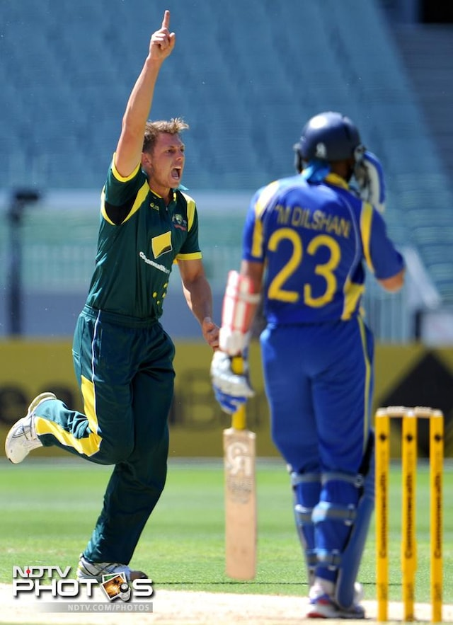 Sri Lanka beat Australia to dump India out