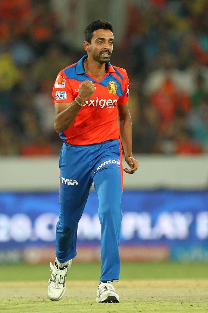 IPL: Yuvraj Singh Returns as Shikhar Dhawan Stars in SRH