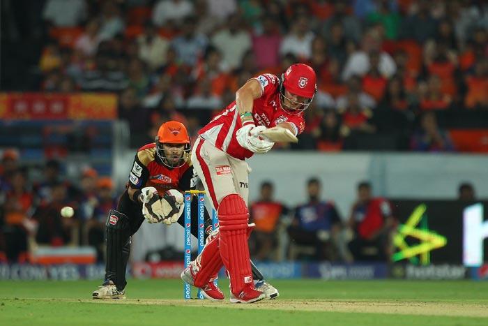 IPL 2015: Warner Trumps Miller in Battle of Davids, SRH Seal Tense Win