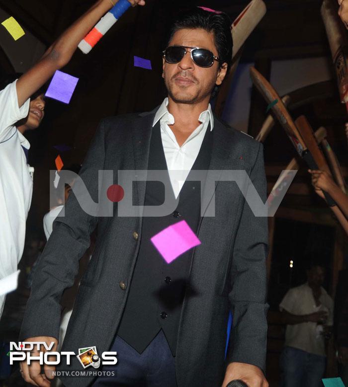 SRK bats for university cricket