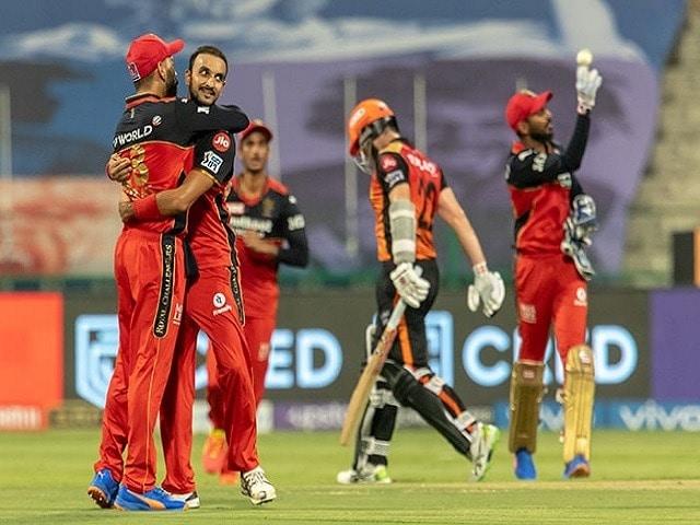 Photo : सनराइजर्स हैदराबाद ने रॉयल चैलेंजर्स बैंगलोर को 4 रनों से मात दीं