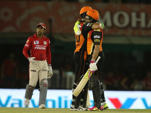 Photo : Sunrisers All But Assured of Playoff Berth With Win Over Kings XI