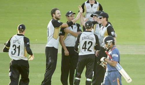 New Zealand dismiss unspectacular build up