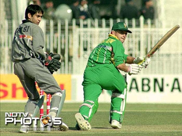 Top 10 ODI scores by a batsman