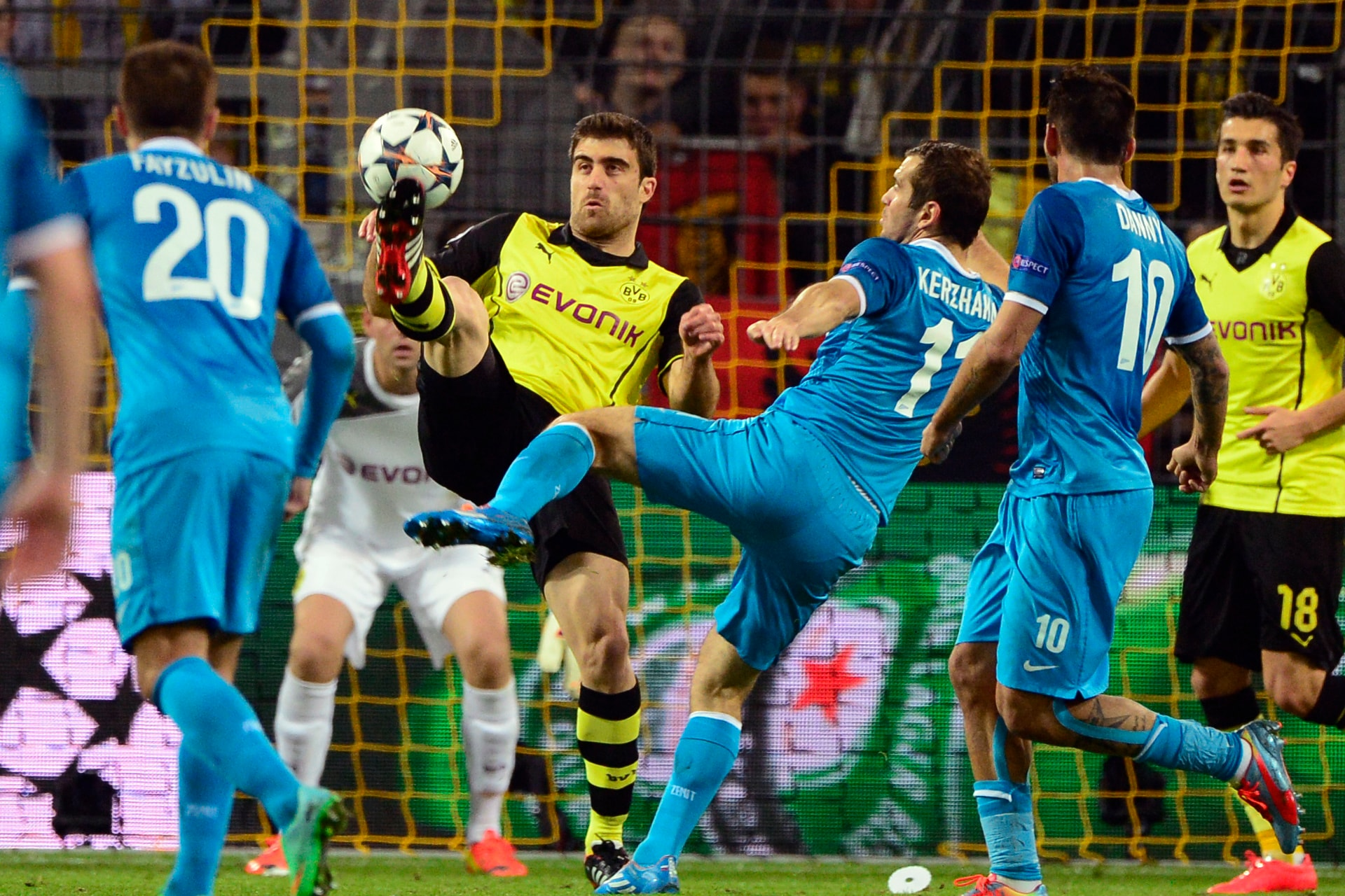 Champions League: Chelsea spoil Drogba's return, Ronaldo sizzles for Madrid