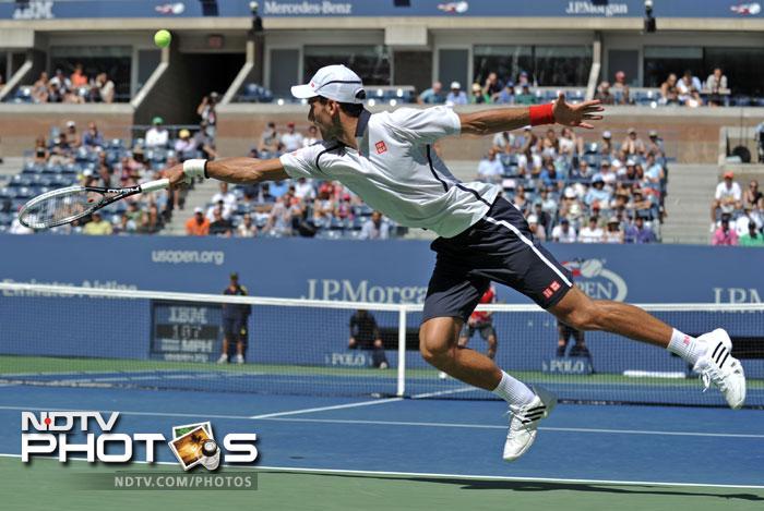 US Open 2012: Djokovic sinks Ferrer to enter final