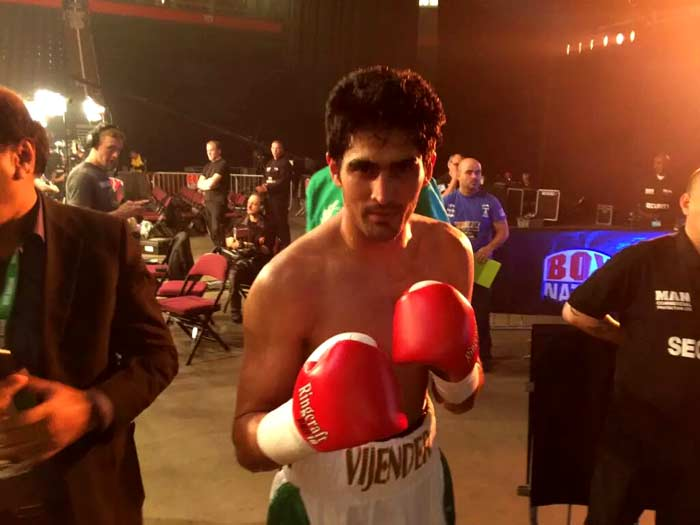 Vijender Singh Arrives in Professional Boxing With a Bang